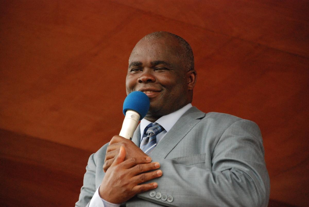 About Pastor Lazarus Muoka