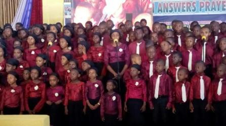 Children Choir Ministering 5