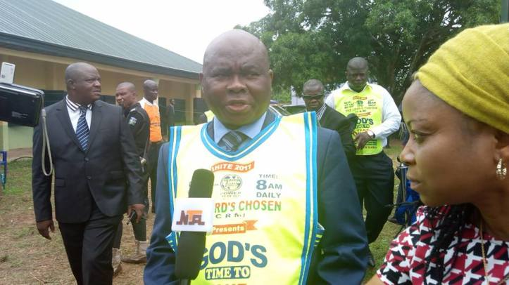 Pastor Lazarus Muoka 2