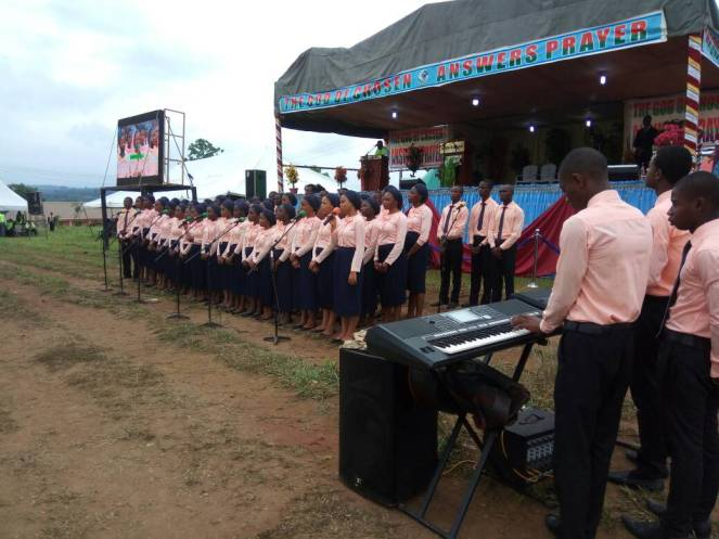 Campus Choir ministration at Oji 2017 1